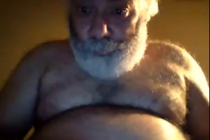 unshaved horny ny dad bear jerks off on webcam