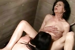 old brunette babe wishes trio young hawt twat