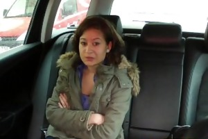 faketaxi 18 years old and sucking taxi rod