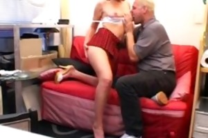 juvenile amateur girlfriend sucks and fucks an