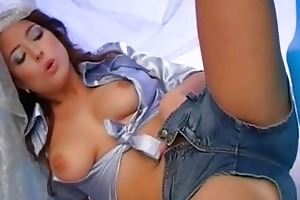 young busty stracy masturbating pussy