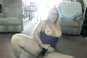 unshaved pussy milf on livecam