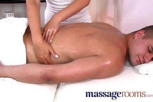 massage rooms sexy masseuse takes large rod and