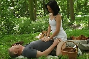 brunette bitch fucks with old fellow in the woods