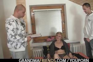 lonely granny gives her twat