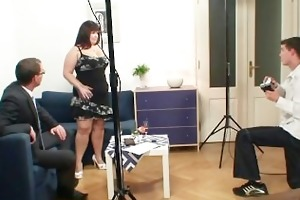 fat wench is double fucked after photosession