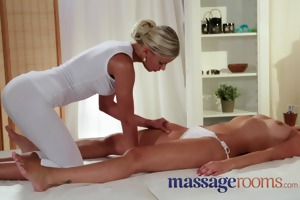 massage rooms juicy youthful gal acquires hard