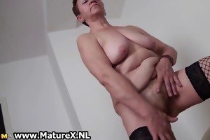old breasty housewife spreading legs part2
