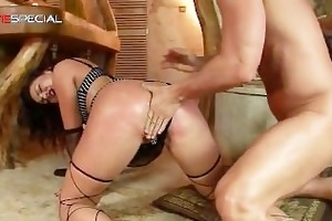 astonishing pierced pussy milf sucking part3