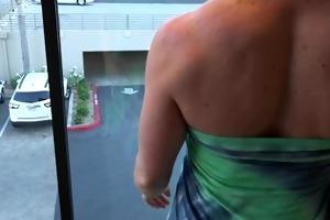 large tit milf masturbates in car