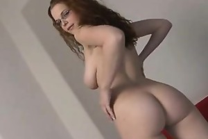 soaked youthful bitch loves to play with her body