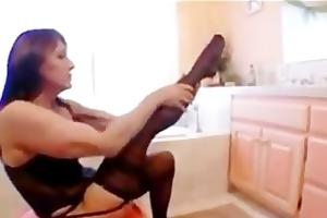 mature mommy caught masturbating in the bathtub