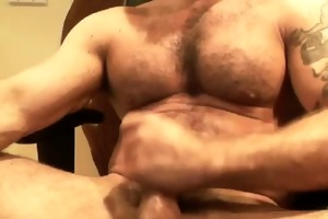 webcam - hairy muscle italian dad jacking off