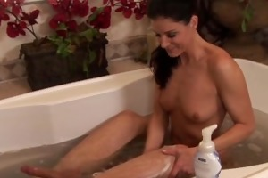 soapymassage india summers sensual milf massage