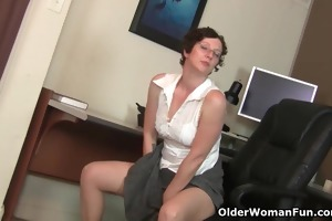 curly gilf in hose needs to receive off