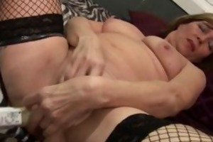 horny experienced lady widens part4