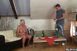 he is finds his gfs mother undressed and