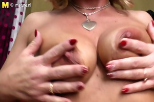mature mother double penetrated with her fingers
