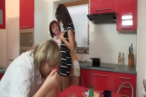 mom seduces her son&#039 s gf into some