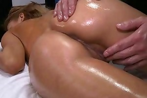 hot 18 year old beauty gets fucked hard