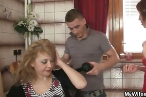 smart chap bangs his mother in law