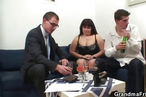 her old bulky twat is nailed by cocks