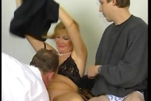 blonde milf t live without sucking weenie